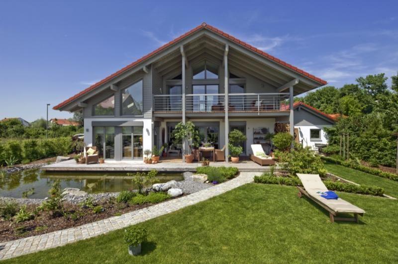 Casa in legno modello casa landshut di design haus italia for Case prefabbricate in legno italia