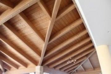 Realizzazione Casa in Legno Sala ristorante - Complesso alberghiero di Nuove Architetture Case in legno srl