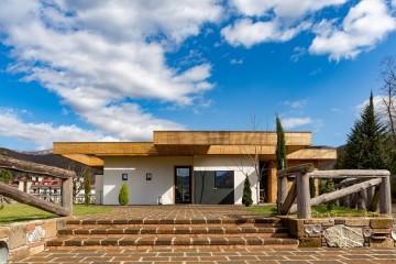 Modello Struttura ricettiva (hotel, villaggio) in Legno RISTORANTE di Nuove Architetture Case in legno srl