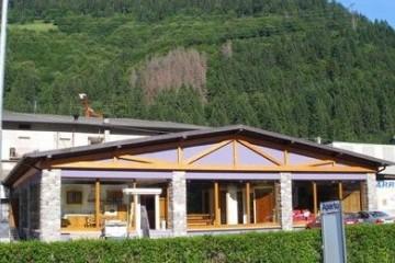 Realizzazione Casa in Legno Chalet Lombardia di BCL Bergamasca Costruzioni Legno