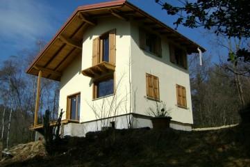 Realizzazione Casa in Legno Casa Brescia tecnologia TIMBER FRAME legno lamellare certificati PEFC - FSC di BCL Bergamasca Costruzioni Legno