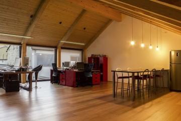 Realizzazione Casa in Legno Sopralzo Lombardia telaio legno lamellare cert. FSC PEFC di BCL Bergamasca Costruzioni Legno