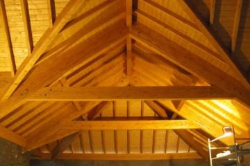 Realizzazione Casa in Legno Tetto Sopralzo legno lamellare certificato FSC - PEFC di BCL Bergamasca Costruzioni Legno