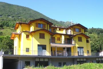 Realizzazione Casa in Legno Legno lamellare cert.  Pefc - Fsc - provincia di Bergamo di BCL Bergamasca Costruzioni Legno