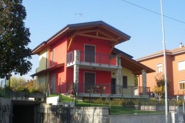 Realizzazione Casa in Legno Legno Lamellare certificato PEFC FSC di BCL Bergamasca Costruzioni Legno