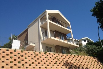 Realizzazione Casa in Legno Al Pescara di Architettura Lamellare srl