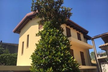Realizzazione Casa in Legno Al Lanciano di Architettura Lamellare srl
