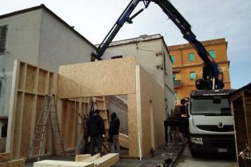 Realizzazione Casa in Legno AMPLIAMENTO DI DUE PIANI NEL QUARTIERE CASILINO, ROMA di BIOEDILIZIA EVOLUTA