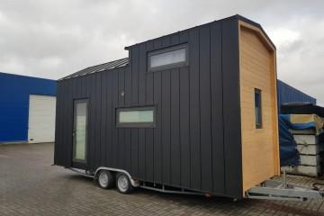 Casa Mobile di Legno casa sulle ruote Italia Tour realizzata di HEALTHY LIFE & WHEELS HOUSE