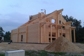 Chalet di Legno REALIZZAZIONE ECOCOTTAGE IN ABETE di HEALTHY LIFE HOUSES & WHEELS HOUSES