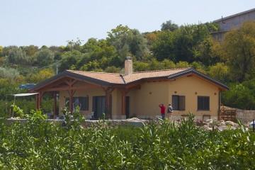 Realizzazione Casa in Legno Carla di Casabiocasamia srls