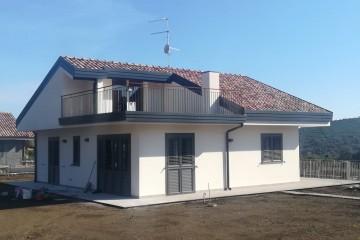 Realizzazione Casa in Legno Giulia di Casabiocasamia srls