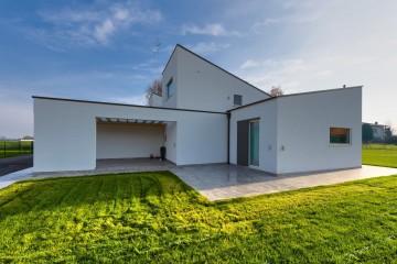 Realizzazione Casa in Legno White Dreams di Ville in Bioedilizia