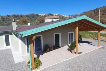 Realizzazione Casa in Legno Marcellinara 2 di Angoli Legno