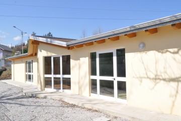 Edificio Pubblico (scuola, chiesa) in Legno Asilo