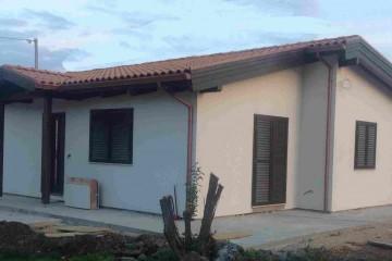 Realizzazione Casa in Legno Villa Pomez di casaecologica srl