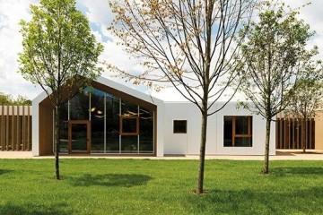 Realizzazione Edificio Pubblico (scuola, chiesa) in Legno Asilo nido City Life di LignoAlp | Damiani-Holz&KO Spa