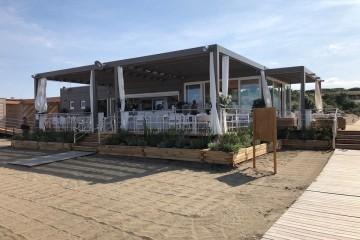 Realizzazione  in Legno Ristorante su costa toscana di RIKO-HISE srl - Arch. Daniele Bonzi