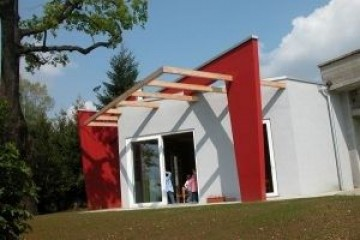 Realizzazione Edificio Pubblico (scuola, chiesa) in Legno SCUOLA MATERNA   L EG ANTONINI  - Morazzone (VA) di RIKO-HISE srl - Arch. Daniele Bonzi