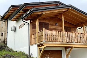 Realizzazione Casa in Legno Casa Frosinone di Lo Scoiattolo