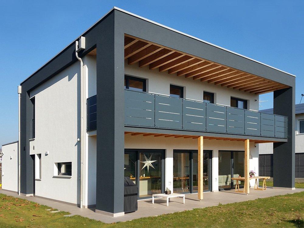 Raro haus modelli di case in legno prezzi e opinioni for Case di legno rumene