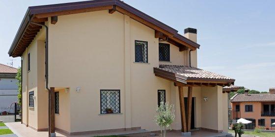 Costruttori case prefabbricate in legno richiedi for Lacost case in legno