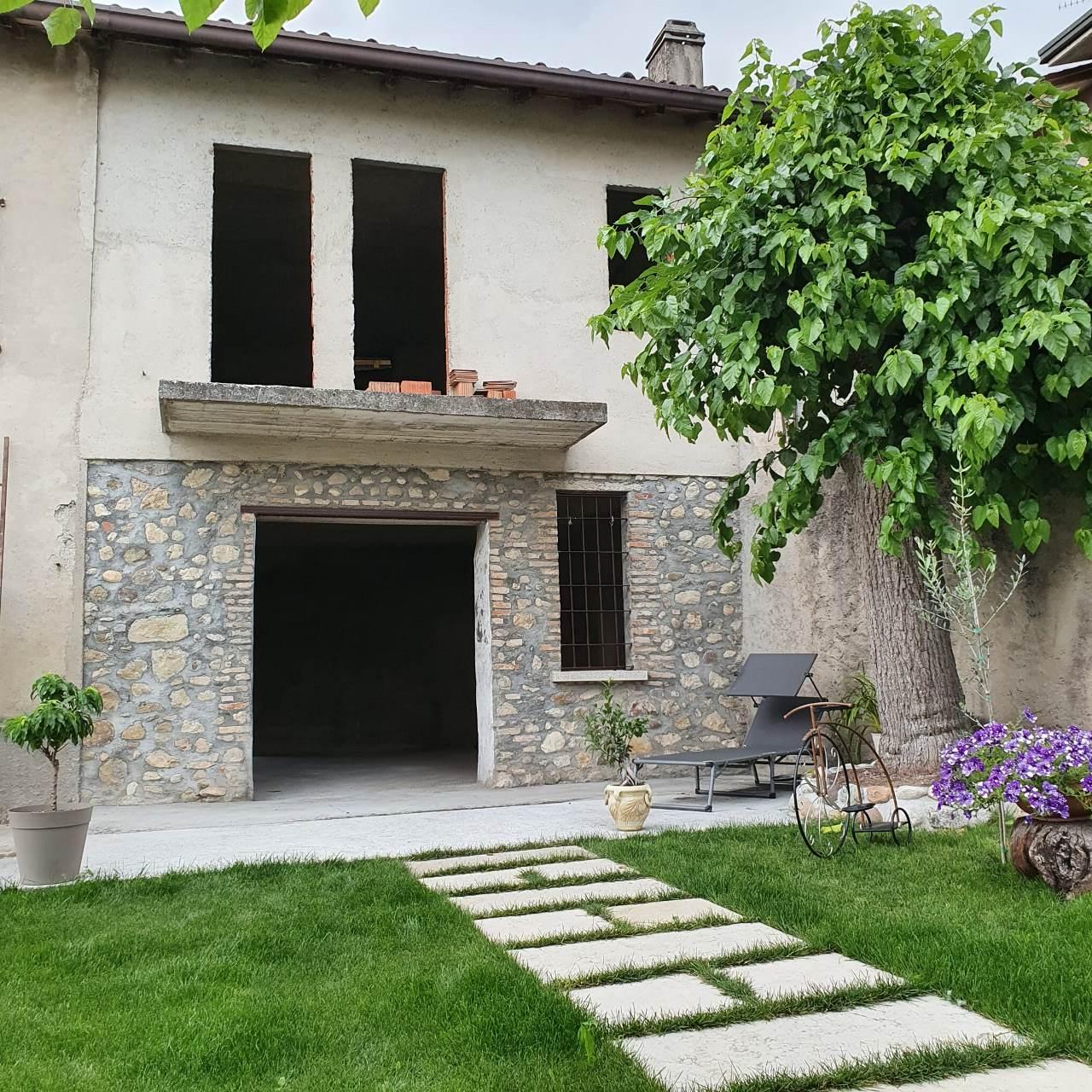 Villa a schiera in Vendita Desenzano del Garda