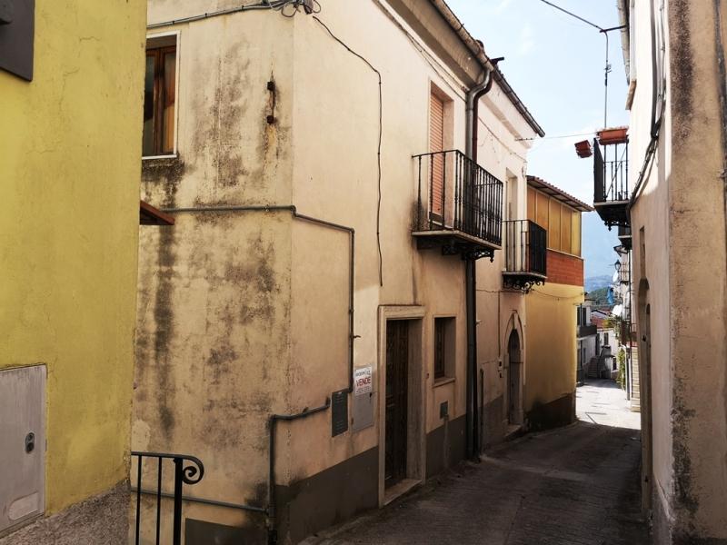 Casa Indipendente Colli a Volturno V065