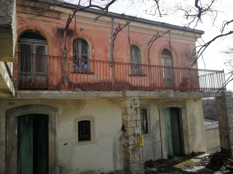 Rustico/Casale/Corte Macchiagodena V049