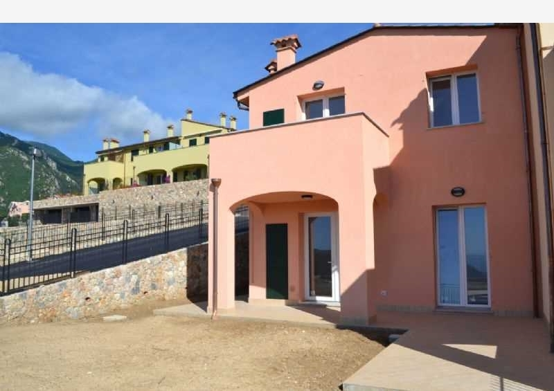 Appartamento Loano 53056329