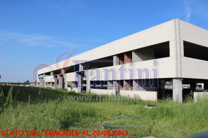 Capannone Industriale Medicina RIF1901C-9-10