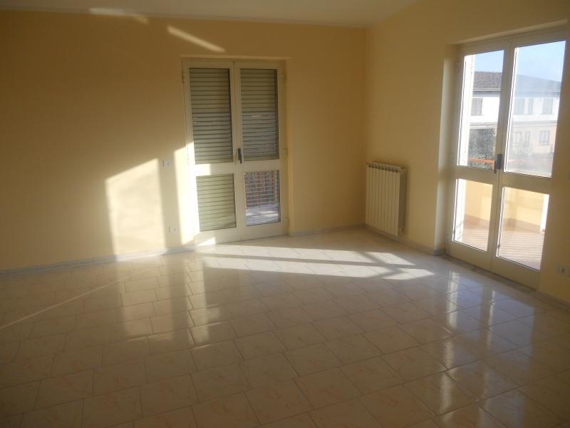Appartamento in Affitto Lusciano