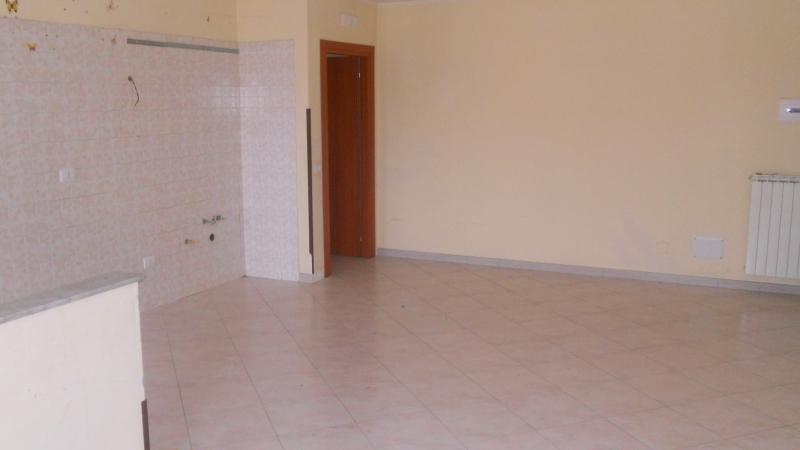 Appartamento in Affitto Teverola