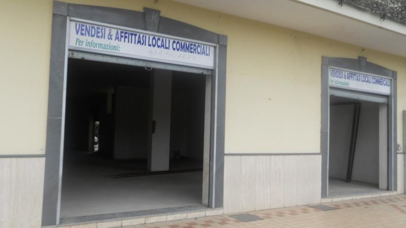 Affitto Locale Commerciale Cesa