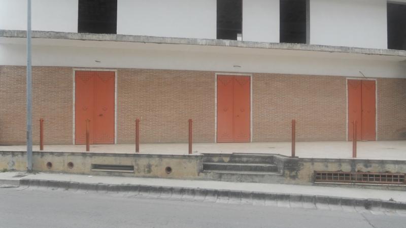 Locale Commerciale in Affitto Lusciano