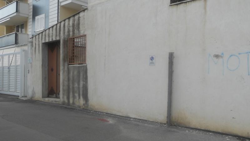 Locale Commerciale Lusciano av-330__1
