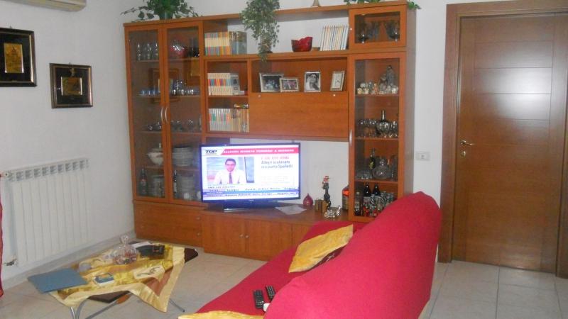 Appartamento Lusciano av-299__1