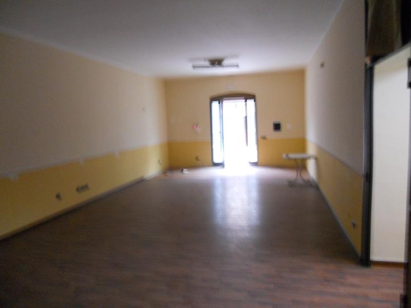 Affitto Locale Commerciale Trentola-Ducenta
