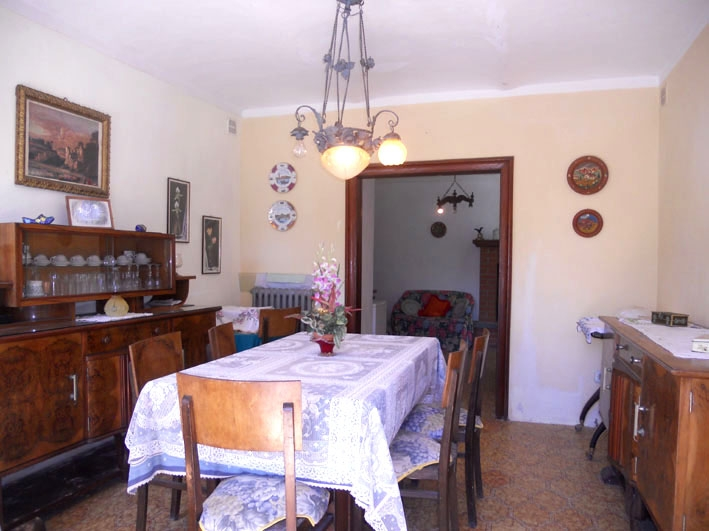 Vendita Casa Indipendente Castelletto Merli
