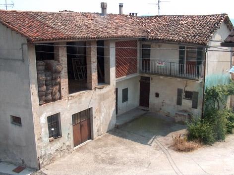 Casa Indipendente in Vendita Cerrina Monferrato