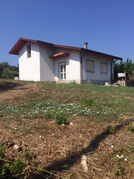 Casa Indipendente in Vendita Pietradefusi