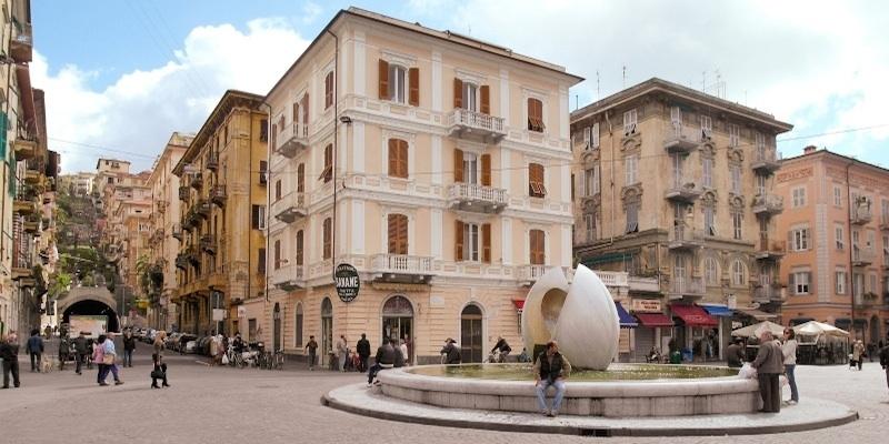 Attività Commerciale La Spezia 306 - 328 - 425
