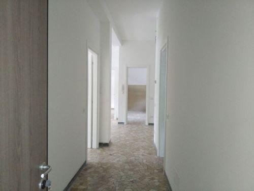 Appartamento Viggiù 682573