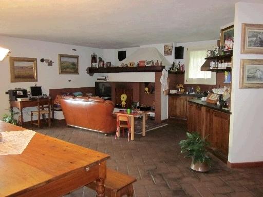 Villa o villino CERRETO GUIDI 2/0202