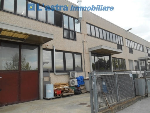 Capannone Industriale in Affitto SCANDICCI