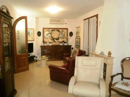 Villa o villino CALENZANO 2/0434