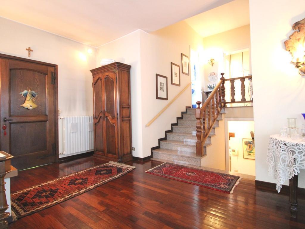Villa singola Casatenovo 5378