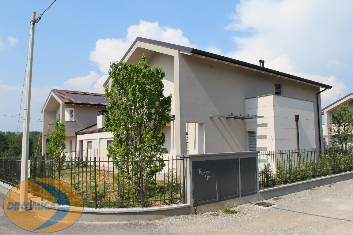 Villa singola Casatenovo 147