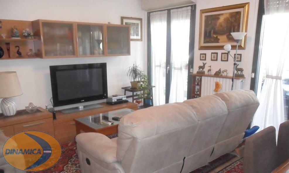 Appartamento Casatenovo 185