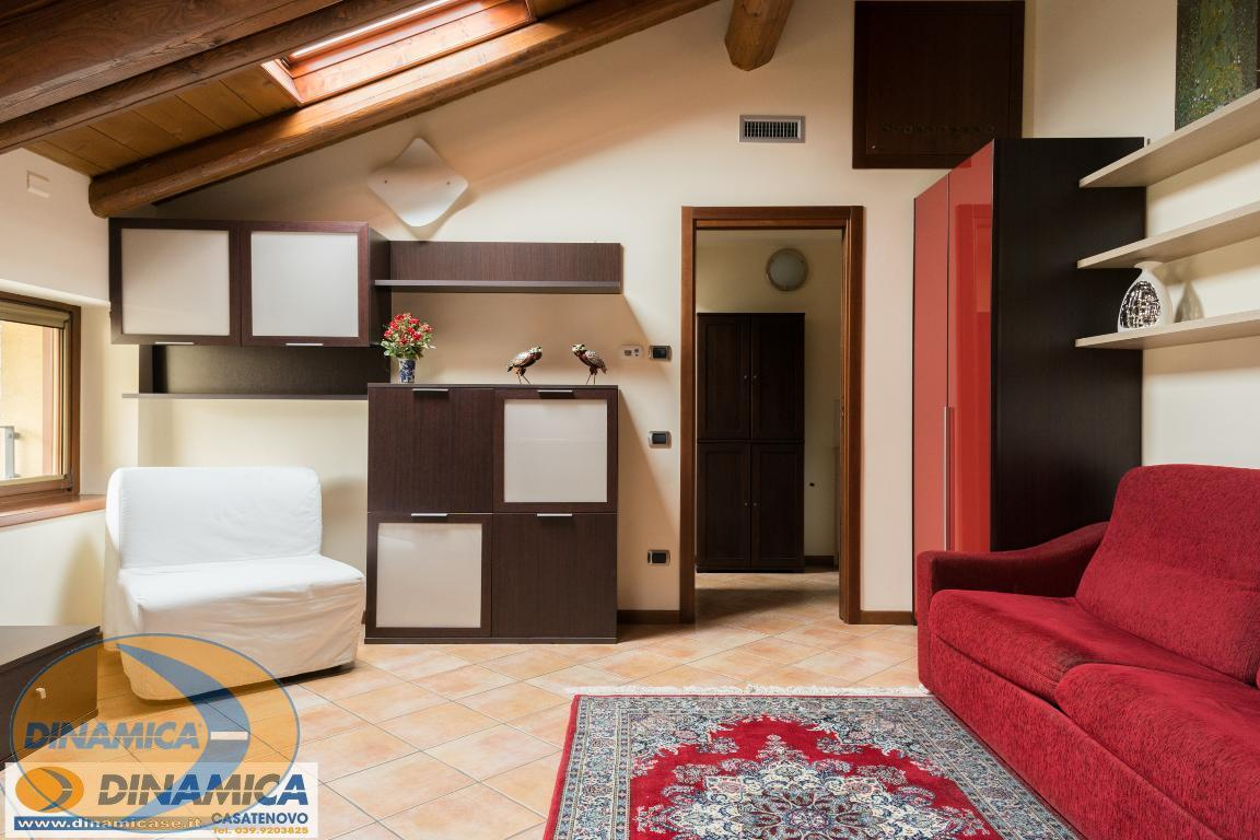 Appartamento Casatenovo 108